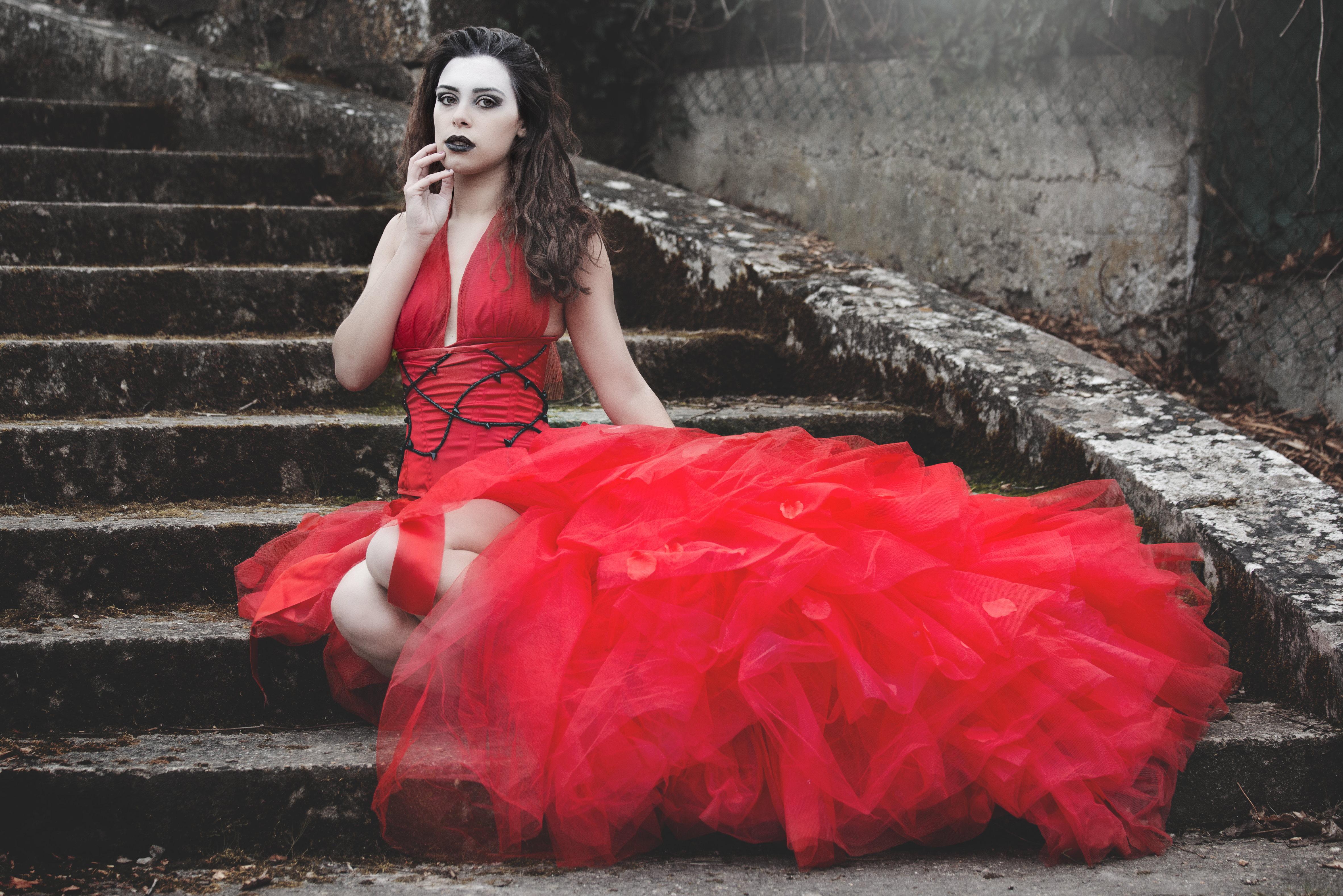 Greed&Pride Red satin and tulle dress and underbust corset